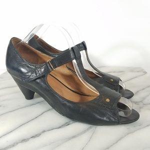 Mix Mooz Rimini Black Leather T Strap Heels